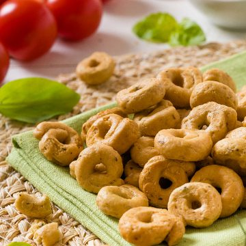 pizza-like-small-taralli